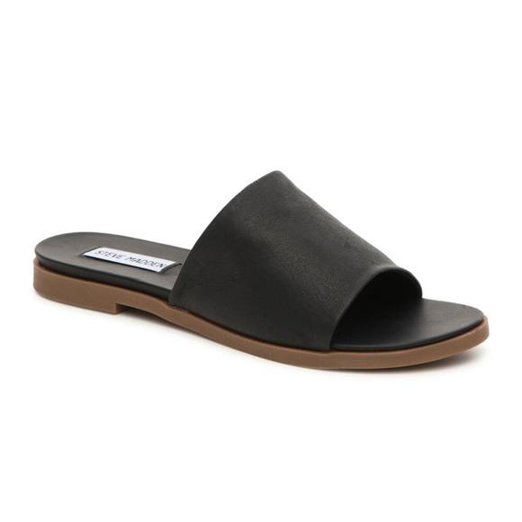 d02a18cc9f1 NWB Steve Madden Karolyn Flat Leather Slide Sandal